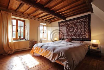 Papiers peints: Chambre en ardennes avec plafond en bois et poutres  apparentes