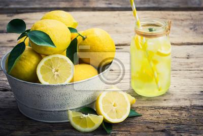 Citrons frais et limonade