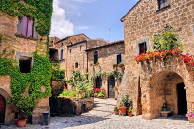 Papiers peints Coin pittoresque d'un village de montagne pittoresque en Italie