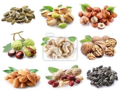 Collection de noix mûres et les graines sur un fond blanc