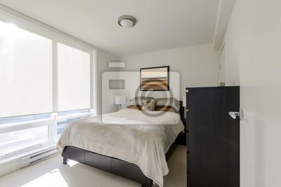 Papiers peints: Conception intérieure moderne de chambre à coucher blanche.