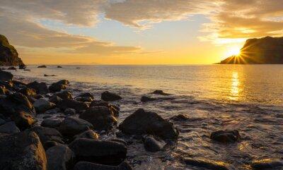 Papiers peints Coucher de soleil sur la célèbre île de Skye en Ecosse