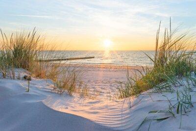 Papiers peints Coucher de soleil sur la mer Baltique