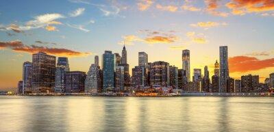 Papiers peints Crépuscule à Manhattan, New York.