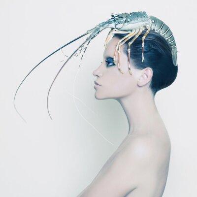 Papiers peints Dame surréaliste avec homard sur la tête