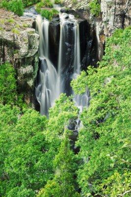 Papiers peints Denham Falls à Beechmont, Queensland, Australie. Situé dans la réserve de Denham.