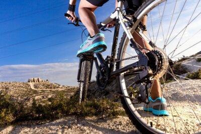 Papiers peints Deportes. Bicicleta de montaña y hombre.Deporte en extérieur