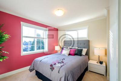 Papiers peints: Design dintérieur de chambre à coucher moderne avec un mur  rouge,