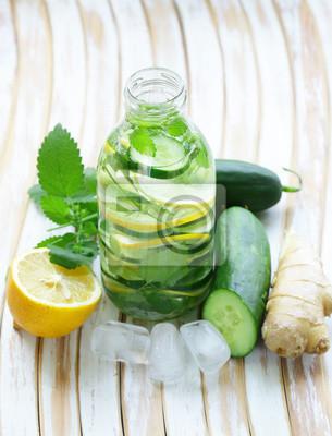 Detox boisson, frais, concombre, citron, gingembre, sain, manger, régime