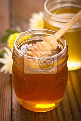 Deux pots de miel