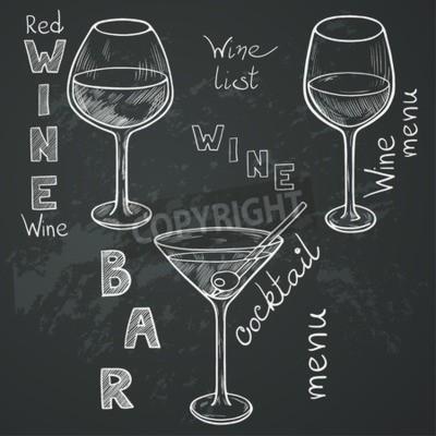 Papiers peints Ensemble de verres sketch pour le vin rouge, vin blanc, martini et cocktail sur fond de tableau. Main lettres écrites dans le style vintage dessiné à la craie sur le tableau noir.