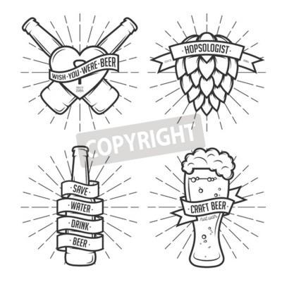 Papiers peints Ensemble, t-shirt, bière, estampes Étiquettes de bière, badges, éléments de design. Rubans vintage avec des citations drôles. Phrases sur la bière.