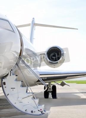 Papiers peints Escaliers avec Jet Engine sur un jet privé avion moderne - Bombardier Global Express