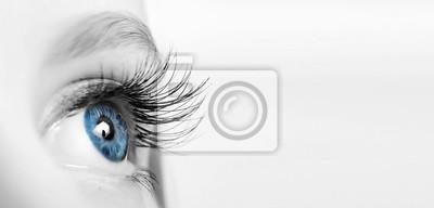 Papiers peints Female eye with long eyelashes close-up
