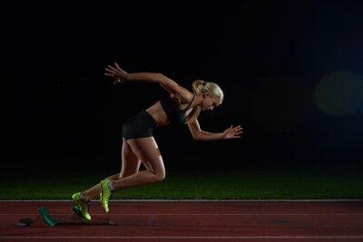 Papiers peints femme sprinter laissant starting-blocks