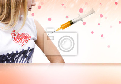 Fille dans la vaccination