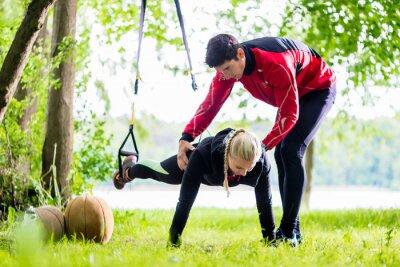 Papiers peints Fitness und sport - Formation Paar beim Sling