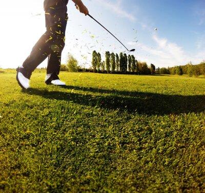 Papiers peints Golf swing sur le parcours. Golfeur, exécute, golf, coup
