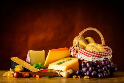 Papiers peints Gouda, fromage, panier, petit pain