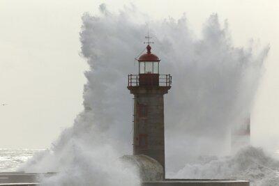 Papiers peints Grande vague orageuse rétro-éclairée