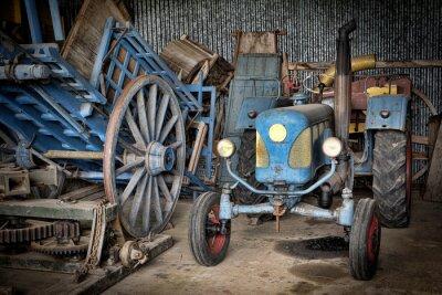 Papiers peints Grange et tracteur