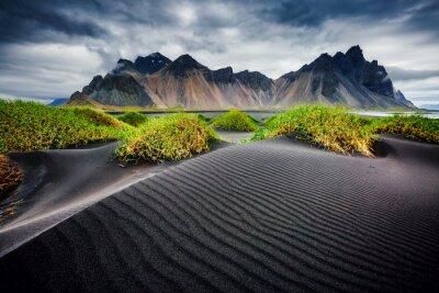 Papiers peints Great wind rippled beach black sand. Location Vestrahorn, Iceland, Europe.