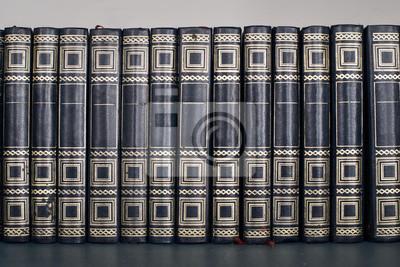 Gros Plan Sur Une Collection De Livres Anciens Bleus Papier Peint