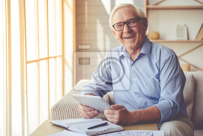 Papiers peints Handsome old man at home