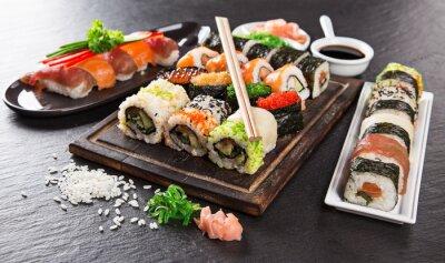 Papiers peints Japonaise ensemble des fruits de mer de sushi