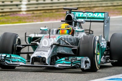 Papiers peints JEREZ DE LA FRONTERA, ESPAGNE - Jan 31: Lewis Hamilton de courses Mercedes F1 sur session de formation le 31 Janvier 2014, à Jerez de la Frontera, Espagne