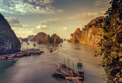 Papiers peints Jonque Ha Long Bay Vietnam.