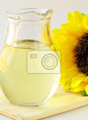 l'huile de tournesol de tournesol dans un bocal en verre