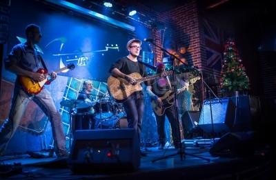 Papiers peints La bande se déroule sur scène, concert de musique rock