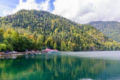 Papiers peints Lac pittoresque des Alpes Ritsa, Abkhazie.