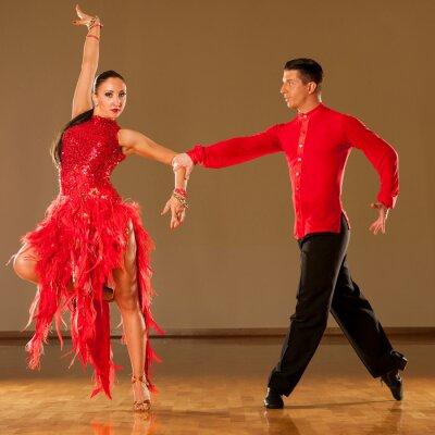 Papiers peints latino couple danse en action - sauvage danse samba