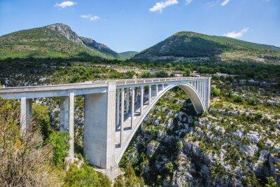 Papiers peints Le pont de Chaulière à partir duquel sauter