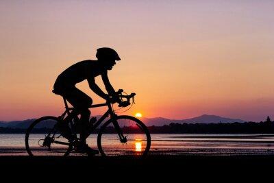 Papiers peints Les gens à vélo à la plage