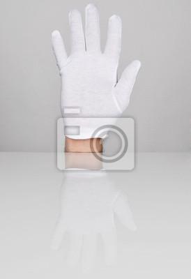 Main avec cinq doigts pointant vers le haut.