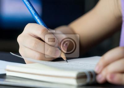 main utilisation crayon pratique criture livre papier peint papiers peints classe. Black Bedroom Furniture Sets. Home Design Ideas