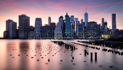 Papiers peints Manhattan skyilne, New York City at sunset.