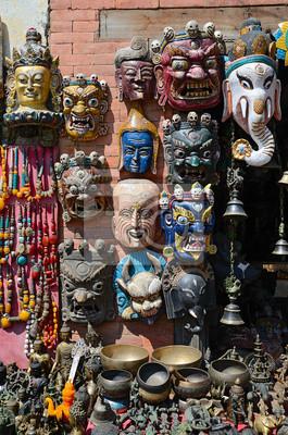 Masques en bois du Népal