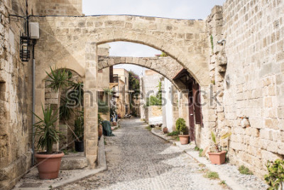 Papiers peints Medieval arched street in the old town of Rhodes, Greece