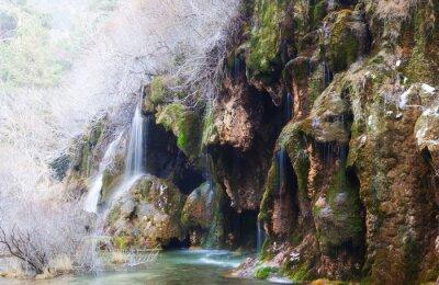 Papiers peints Montagnes, ruisseau, mousse, rochers