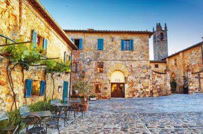 Papiers peints Monteriggioni ancienne place de la ville historique, en Italie.