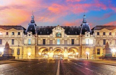 Papiers peints Musée du Louvre à Paris au lever du soleil, France