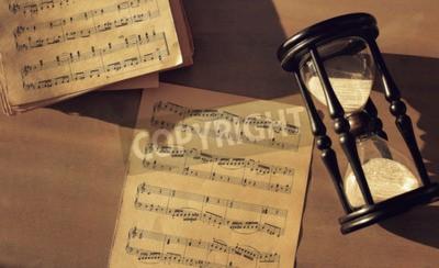 Papiers peints Notes de musique sur la table