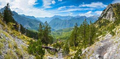 Papiers peints Panorama des montagnes dans le nord de l'Albanie