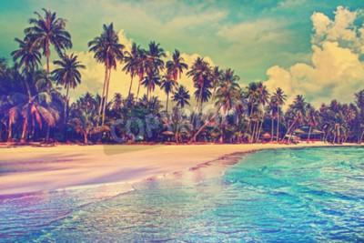 Papiers peints Paradise nature, la mer et hôtel maison sur la plage tropicale.