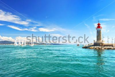 Papiers peints Phare de saint tropez. beau paysage méditerranéen. Côte d'Azur, Côte d'Azur, France
