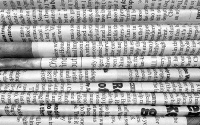 Papiers peints Pile de journaux en noir et blanc